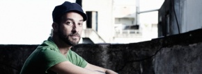 Lucas Santtana, la nostalgie comme inspiration : une interview pour Sounds & Colours