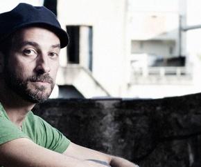 Lucas Santtana, la nostalgie comme inspiration : une interview pour Sounds &Colours