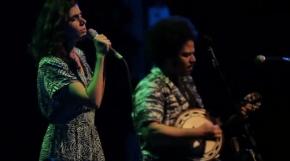 «Florindo» de Mariana Aydar et Duani, en duovoix-banjo