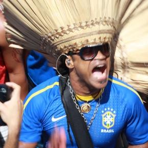 Carlinhos Brown, la Seleção et l'imposteur