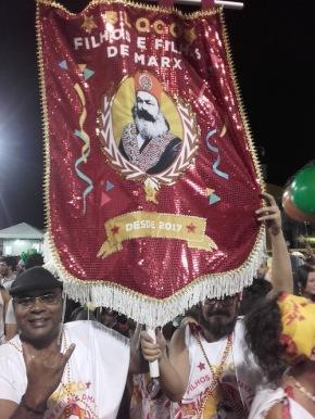 Impressions du Carnaval de Salvador (1) : Karl Marx et les dernierspréparatifs